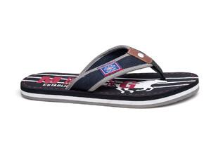 Los Los zapatos zapatos Mustang Pantofole sQdhxCtr