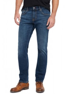 Jeansy Mustang Chicago Tapered   1006747-5000-882 *